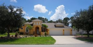 Petit Chateau 4Bed/3Bath/1Den located in Rotonda West